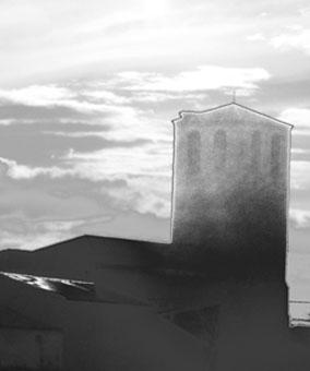 Torre; borde de luz y sombra